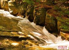 关于描写小溪的优美