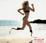 身残志坚残奥会短跑