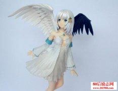 我们都是单翼的天使