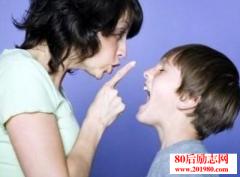 孩子为什么总爱和家
