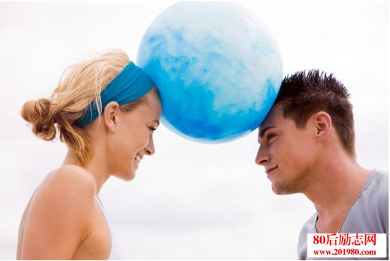 在婚姻里做个不计较的人  心若计较,处处都是怨言;心若放宽,时时都是晴天