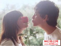 <b>让女朋友感动流泪的话:喜欢你,最重要!</b>