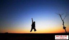 <b>史铁生:人活着,必须要有一个最美的梦想</b>
