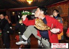 <b>杨熹文:吃饭,可以看出一个人的教养</b>