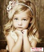 <b>父母给女儿的最好礼物,就是教会她自爱</b>